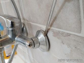 חוסר איטום בחדר אמבטיה - דוגמא לאיתור נזילה